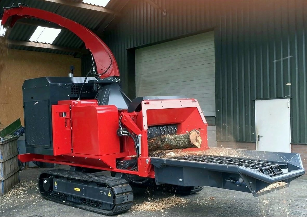 Broyeurà plaquette Europe Chippers C1060 Europe chippers FranceEnvironnement # Broyeuse A Bois Location